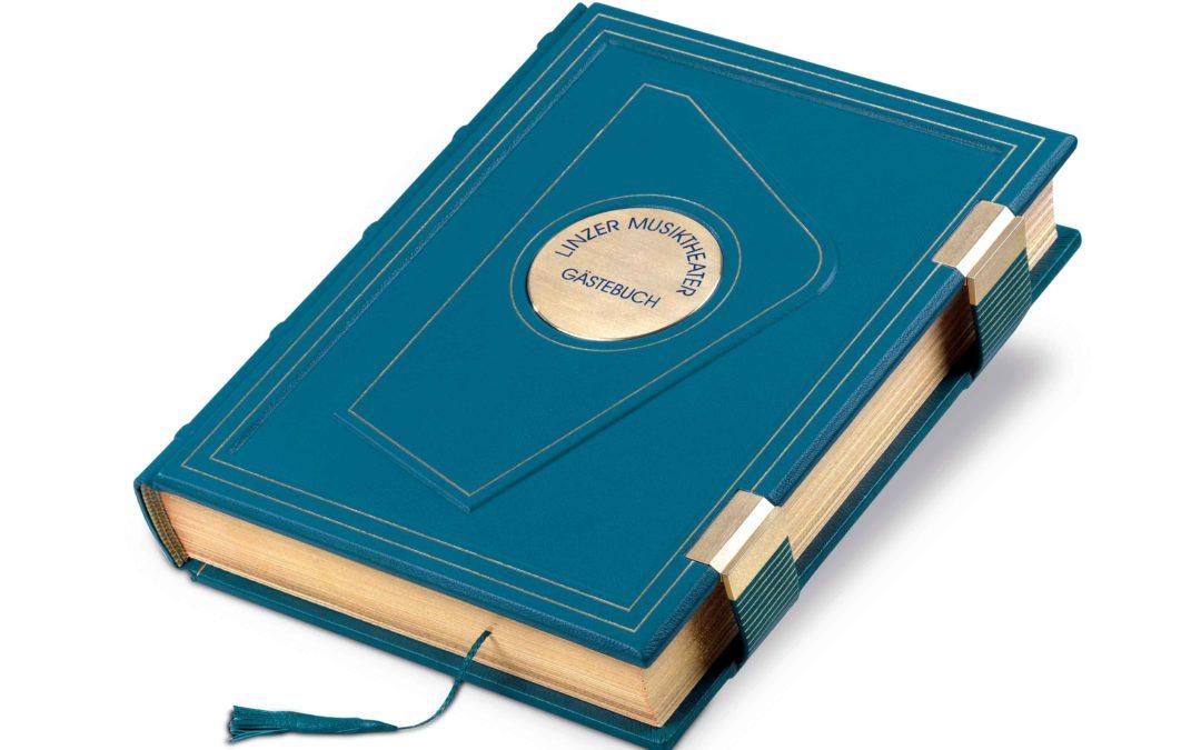 Ein goldprämiertes Gästebuch für das Linzer Musiktheater